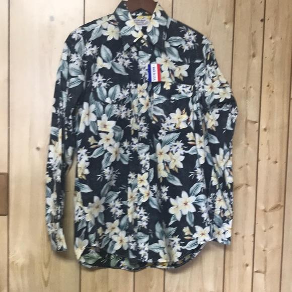 1e8be356b Cowboy Gang Hawaiian pearl snap western shirt NWT